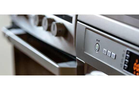 Gas or Electric Commercial Cooking Equipment: Which is Best?