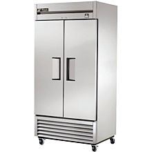 """True TS-35F-HC 39.5"""" Two Section Reach-In Freezer, (2) Solid Doors, 115v"""